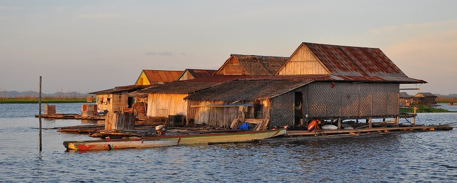 Maisons sur pilotis - Indonésie